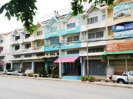 ขายอาคารพาณิชย์ 4 ชั้น ซอยร่มเกล้า24  เขตมีนบุรี ใกล้เคหะร่มเกล้า 05343